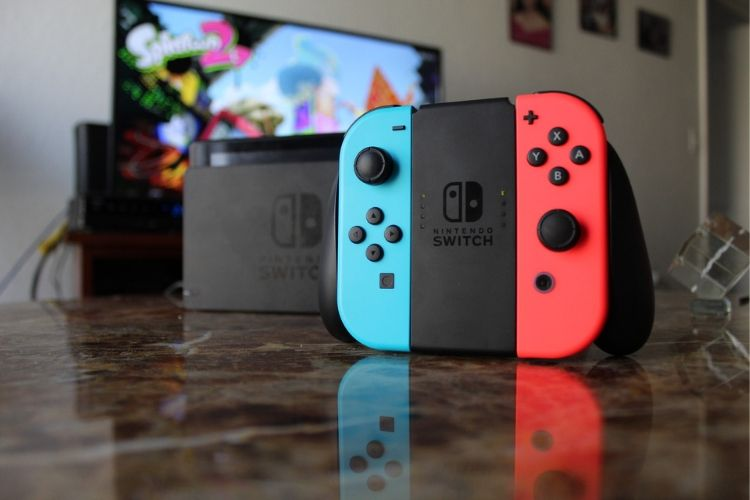 nintendo switch gamers couple